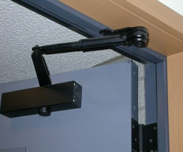 Door-closers-installation-maldon