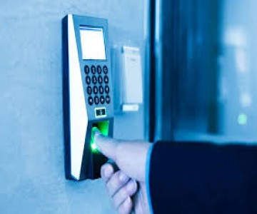 Commercial-door-access-control-braintree